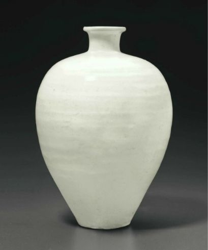 A Cizhou white meiping, China, Northern Song dynasty (AD 960-1127)