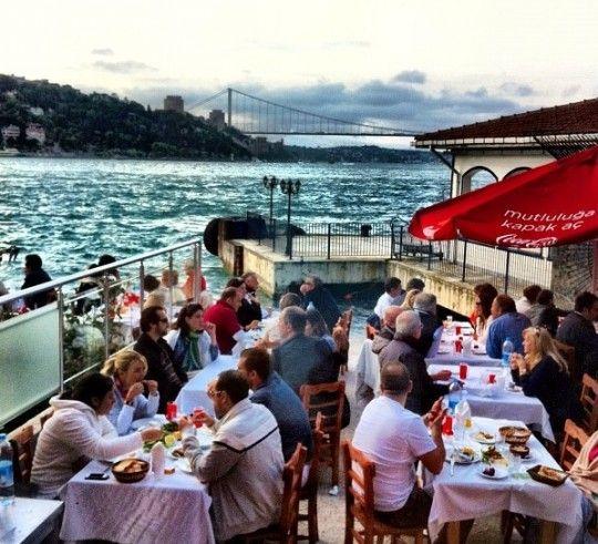 Fish restaurant, Kandilli, Istanbul, Turkey. Fotoğraf @Damla Kılıç'a aittir.