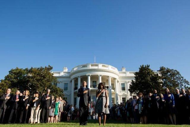 Los Obama recuerdan con minuto de silencio aniversario de atentados del 11S   LVV