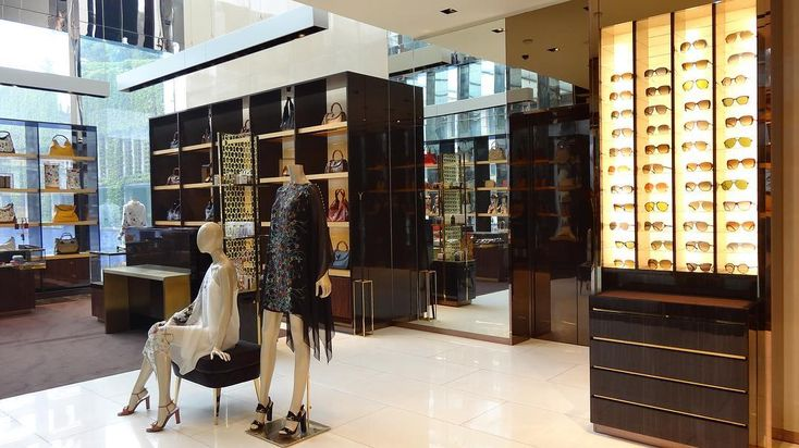Architecture and design for DCA extends to design coordination and execution for global luxury retail brands pan India like this Gucci store which offers a striking array of products  @gucci #luxuryinteriors #luxury #furniture #lighting #architects #architecture #design #designer