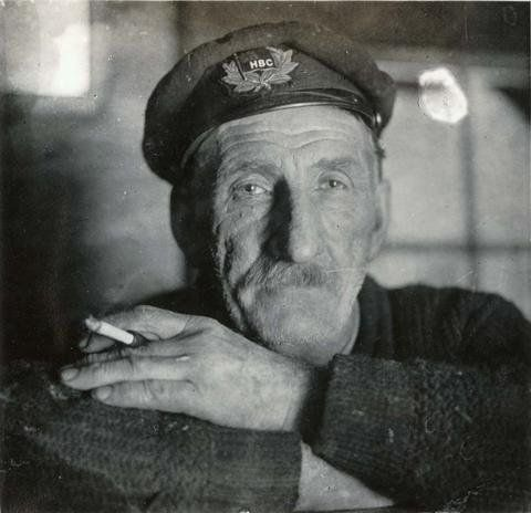 an old merchant navy captain photographed in Repulse Bay 1925