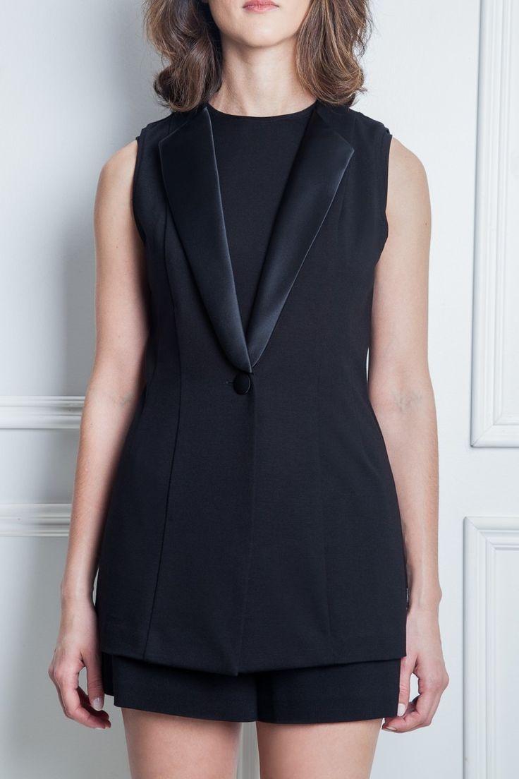 Les poupounes de luxe - Veste Tuxedo disponible en taille 00 et 0 - prix régulier 195,00$