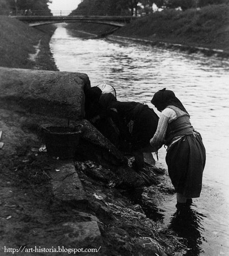 Nicolae Ionescu, Washing at the pipe leading ground or source water into the Dâmboviţa