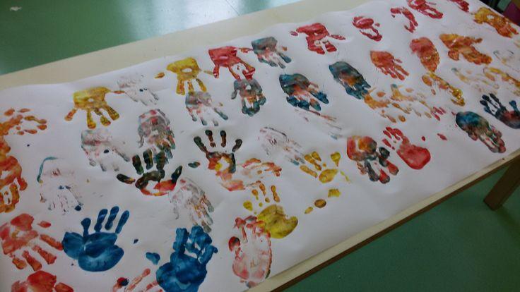 UN'IMPRONTA COLORATA - pre e post scuola ''Itinera'' scuola dell'Infanzia via F.lli Cervi Melzo(MI) - #play #school #book