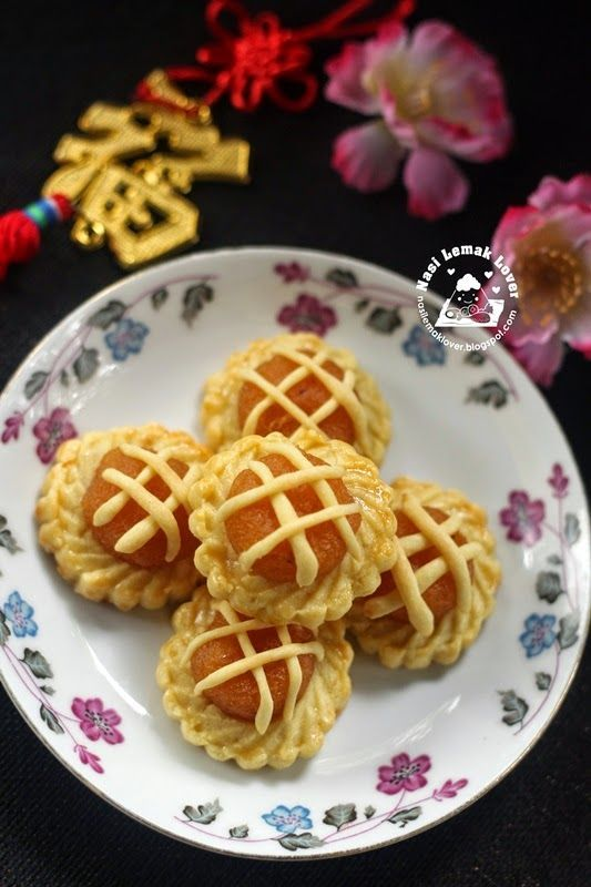 This batch of pineapple tarts just for warm up before CNY ^_^. This time I wanted to tried this type of Nyonya pineapple tarts (open tart)...