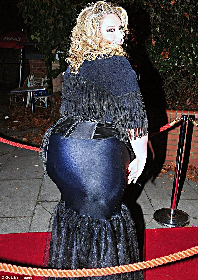 Velvet d'Amour - Gotta love the lady with the large bust, a larger butt,  and even a larger fan base. | monster ass | Pinterest | Posts, Beauty and  Lady