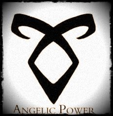 Poder Angelical: también llamada la runa Enkeli en el prólogo de Princesa Mecánica. Esta runa permite al Cazador de Sombras conectar más completamente con sus habilidades amplificadas garantizadas a ellos como Cazadores de Sombras desde los tiempos de Raziel y Jonathan Cazador de Sombras.