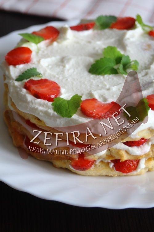 Заварной торт с клубникой