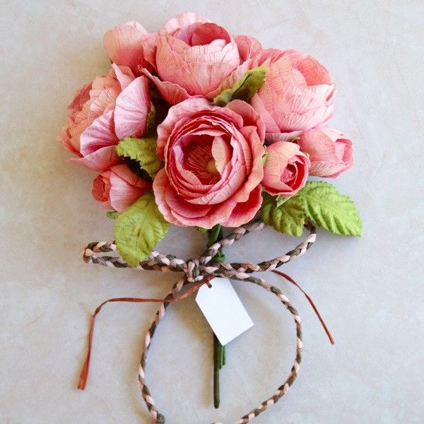 Queen Rose Gift Bouquet- Small- Pink * IMPORTANT: Please note these gi – Paper Flowers Australia