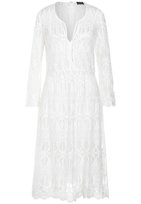 We love this Venice Dress from Bardot.  #dinerenblancperth #white #dress #perth #fashion