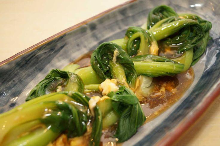 時短なのに本格中華!『チンゲン菜のオイスターソースあんかけ』レシピ - macaroni