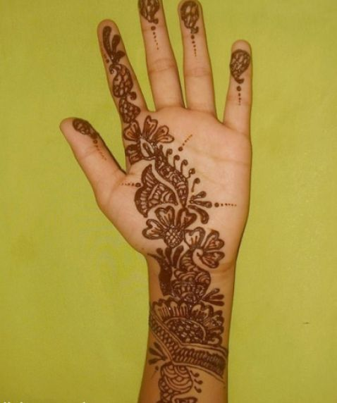 Arabic Henna Designs | Simple Arabic Henna Design