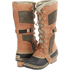 Fashion-forward snow boots? Well, I never. Sorel Conquest Carly.