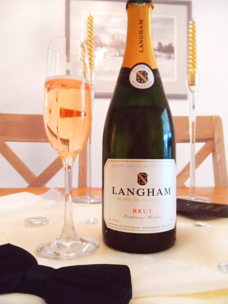 Langham Blanc de Noirs with the casually classy Soiree sparkling wine glass.
