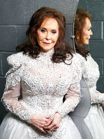 Loretta Lynn Postpones Upcoming Shows Following Death of Her Grandson Jeffrey Allen http://www.people.com/article/loretta-lynn-grandson-jeffrey-allen-dead