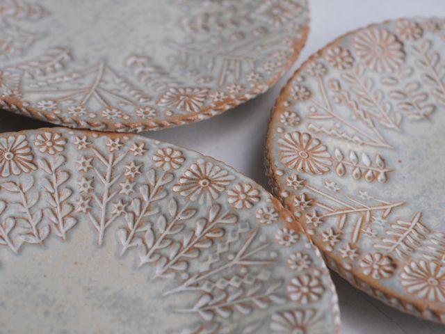 Makoto Kagoshima ceramics. I feel like making plates...