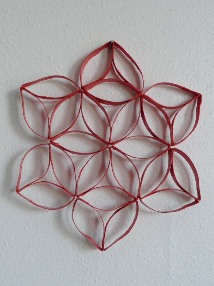 Déco étoile faite à partir de rouleau de papier toilette