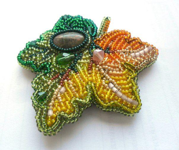 Кленовый листок   biser.info - всё о бисере и бисерном творчестве