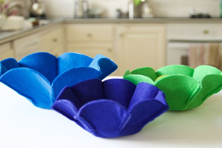You're four steps away from a decluttered kitchen counter. Keep your most-used items stored away while still being in reach with these clever DIY felt catch-all baskets. You'll never misplace your keys again!