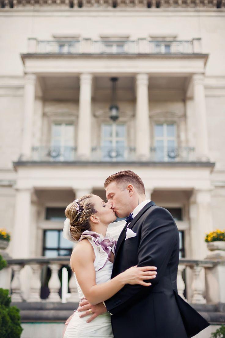 *b + m - Britta und Maurizio #wedding #weddinginspiration #realcouple #ruhrgebiet #villahügel #essen #kiss #portrait #photoshoot #hochzeit #hochzeitsfotografin
