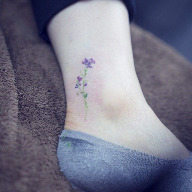 Sweet pea . . #tattoo#tattooist#tattooistsol#솔타투#lettering#soltattoo#color#colortattoo#꽃타투#flowertattoo#flower#꽃#sweetpea