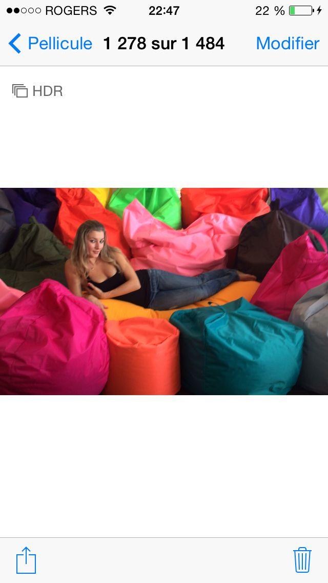 Beanbag directement du manufacturier! Plus de 35 styles différents en 23 couleurs en STOCK! Lavable, fait au Québec ☎️ 1-888-527-0777 4609 ibervile, Mtl, Qc. H2H-2L9