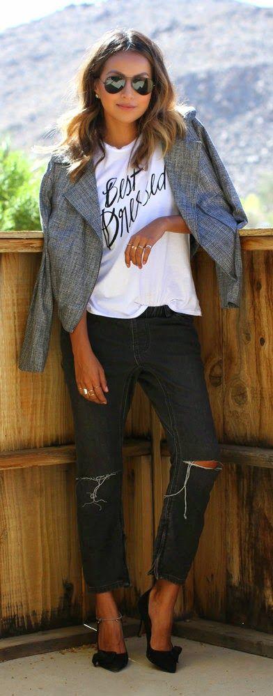 cute tee shirt and blazer. effortless look