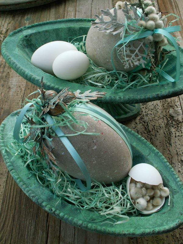 verdigris bowl for styling, pussy willow in egg shell (4) Munkhus - Munkhus's Photos