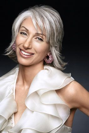 The lovely Susan Hersh. Went gray at 29 and never looked back. Pretty!