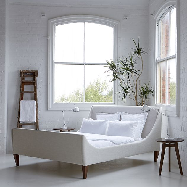 Best 25 Modern Sleigh Beds Ideas On Pinterest Wood Sleigh Bed