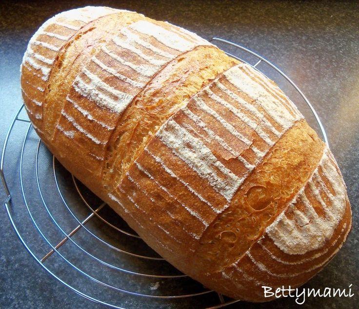 Betty hobbi konyhája: Kovászos kenyér ősbúzával(alakor) és íróval