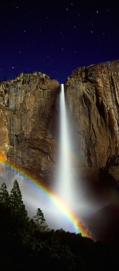 Moonbow! Yosemite National Park in California • photo: Jeremy Evans
