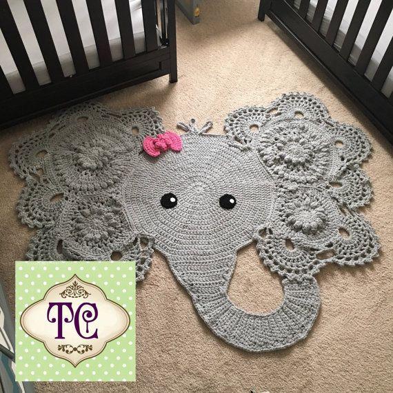 1000 id es sur le th me tapis au crochet sur pinterest tapis au crochet tapis type napperon. Black Bedroom Furniture Sets. Home Design Ideas