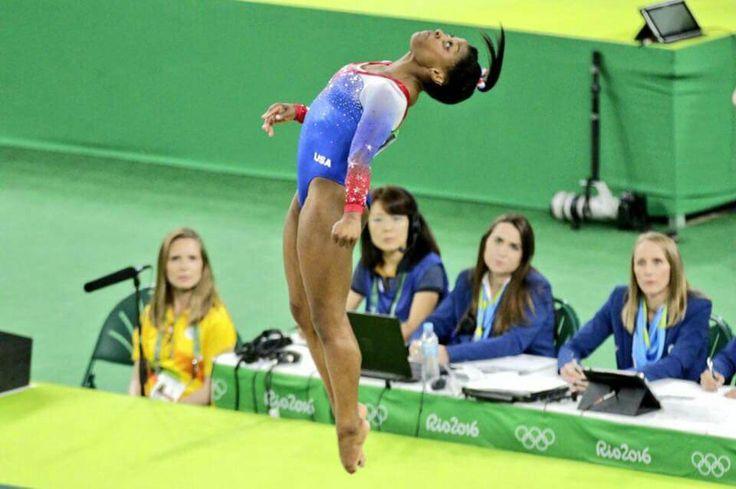 Simone Biles Gymnast or Levitator? #Rio2016