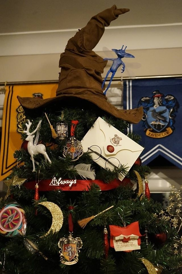 It's covered *entirely* in Harry Potter ornaments and paraphernalia.
