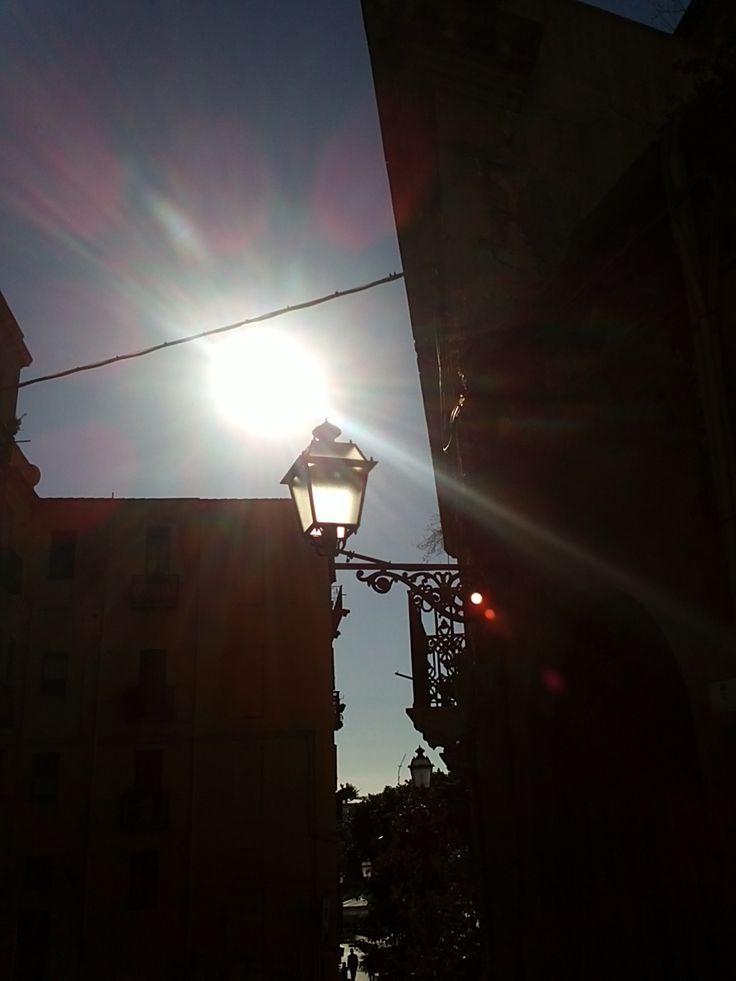 Piazza Yenne, Cagliari