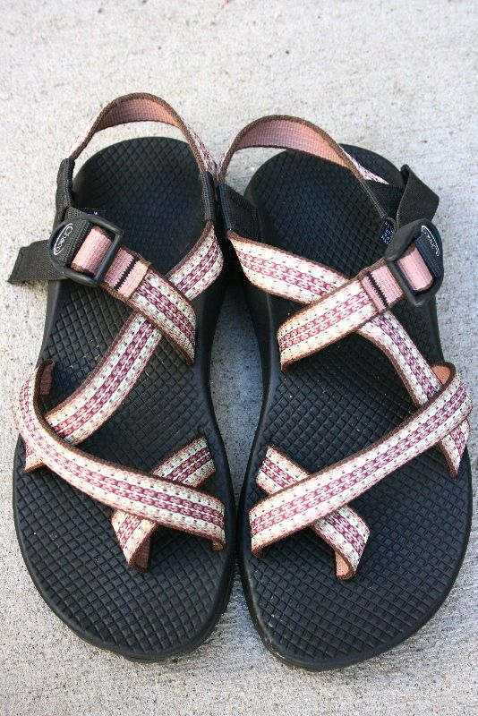 Rose colored strap Chacos