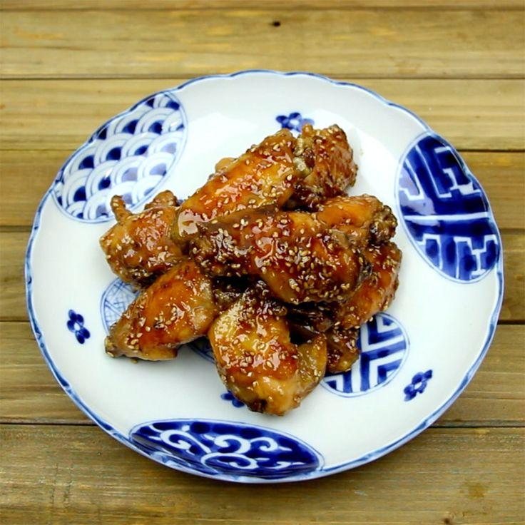 Asinhas de frango assadas com gergelim, impossível resistir!