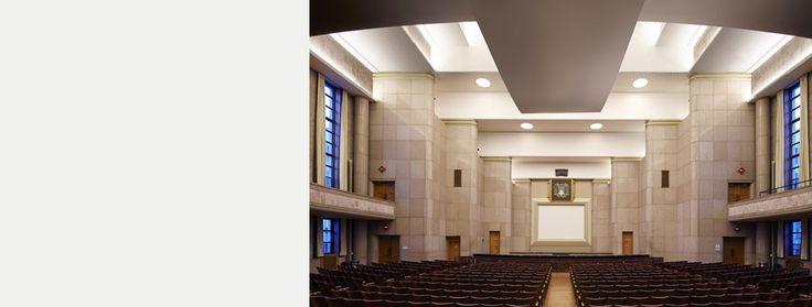 Canadian Art Deco: Auditorium Ernest Cormier, Pavillon Roger-Gaudry, Université de Montréal (architecte Ernest CORMIER). Canada.