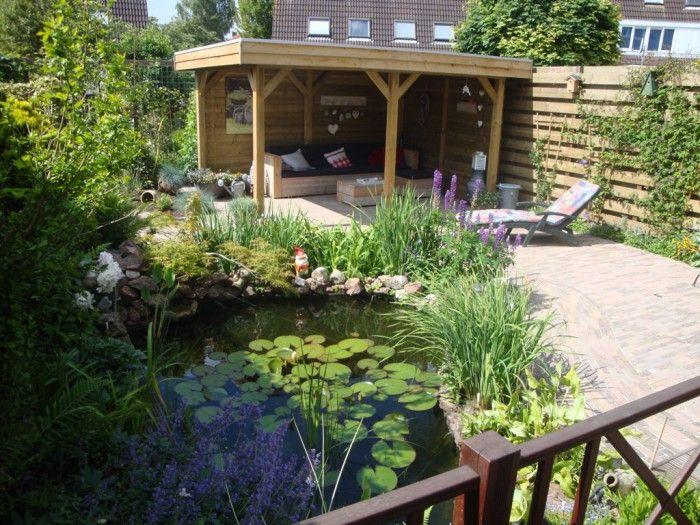 terrasoverkapping achter in de tuin