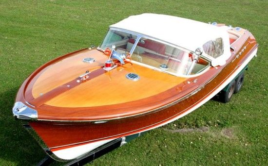 Chris craft classic yacht commuter cruiser google search for Classic chris craft boats