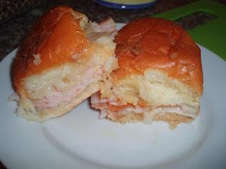 unBearablyGood: {Football Food Week} Hot Turkey Sammies!