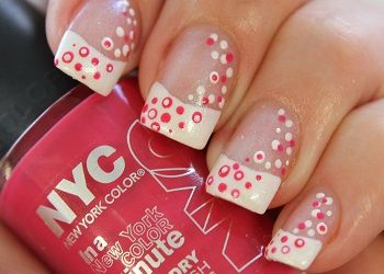 French manicure   simpele NailArt met NYC nagellakken on http://www.beautynailsfun.nl/2013/08/french-manicure-simpele-nailart-met-nyc-nagellakken/