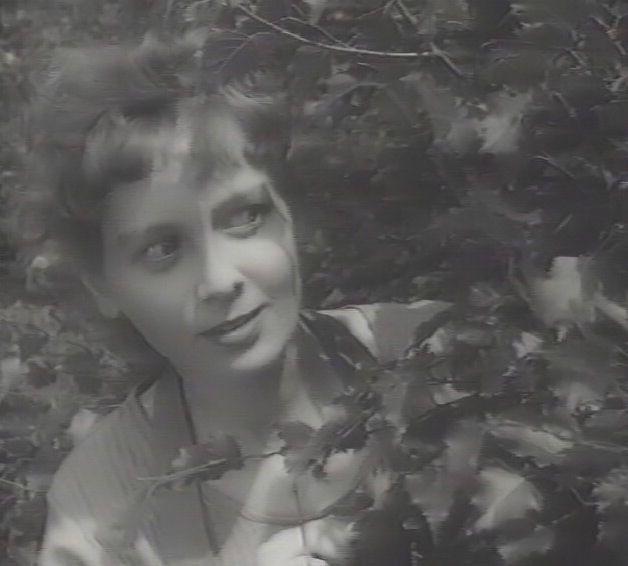 som Alice, i Andre folks børn fra 1958.