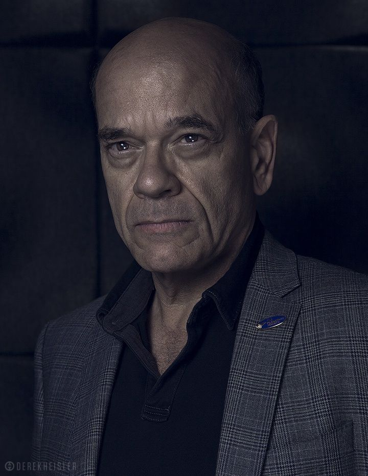 robert picardo legend