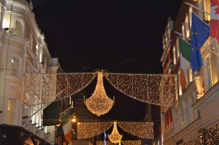 Believe in the magic of Christmas in Grafton Street! #EazyCity #Dublin
