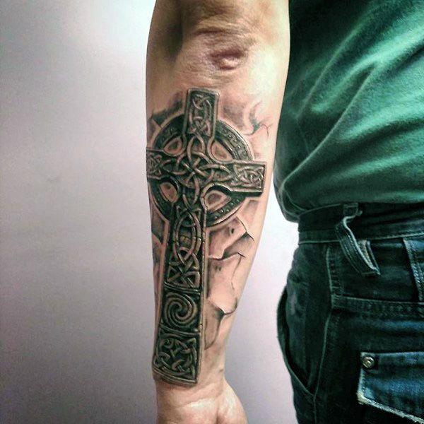 die 25 besten ideen zu keltische kreuz tattoos auf pinterest. Black Bedroom Furniture Sets. Home Design Ideas