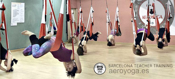 Yoga Aereo Barcelona, #Barcelona #Catalunya #cataluña #Tarragona #lleida #girona #donosti #bilbao #vizcaia #mallorca #ibiza #balears #valencia #alicante #castello #murcia #almeria #madrid #sevilla #yoga #ioga #aeri #aerialyoga #yogaaereo #trapezi #acrobatic #acro #gravity #gravedad #wellness #bienestar #exercici #ejercicio #exercice  #spain #españa #sevilla