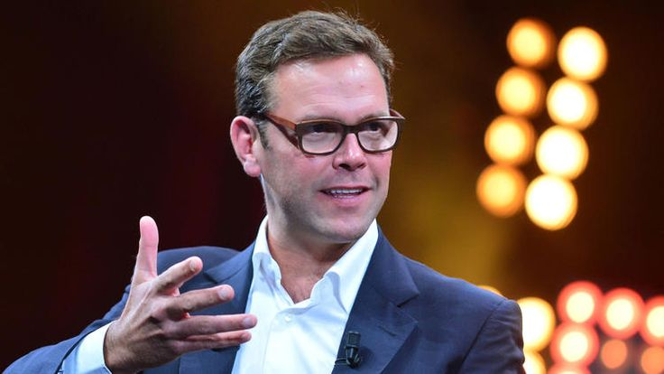 James Murdoch not ready to ditch cable TV for Internet just yet