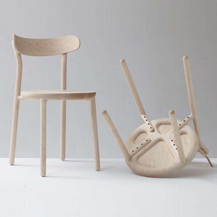 espritdesign:  Them Chair la chaise en bois par Nicholas Karlovasitis et Sarah Gibson